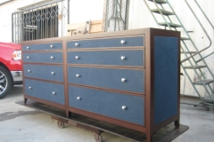 tables-dresser-001